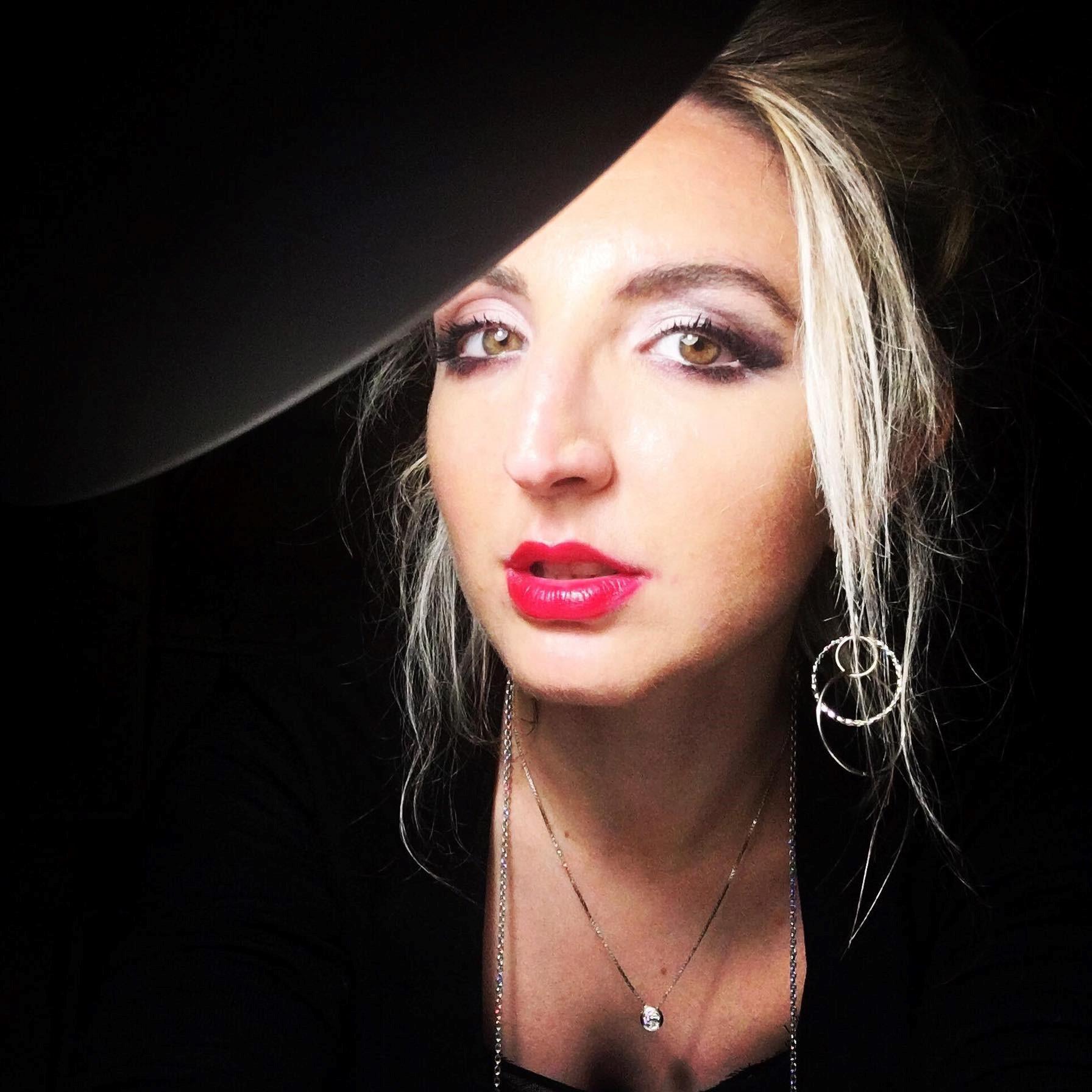 M&M Arts and Lifestyle Martina Massarente